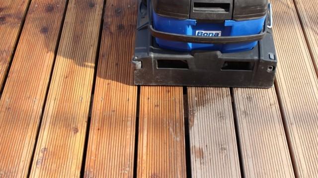 Použití Bona Scrubber Na Dřevěné Terase